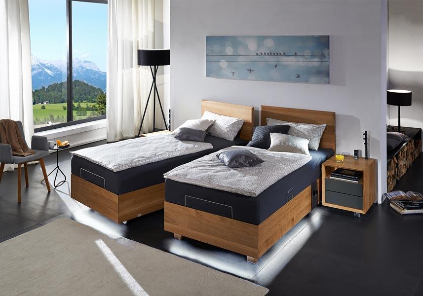 Pflegebett Lugano mit Liftsystem Eiche
